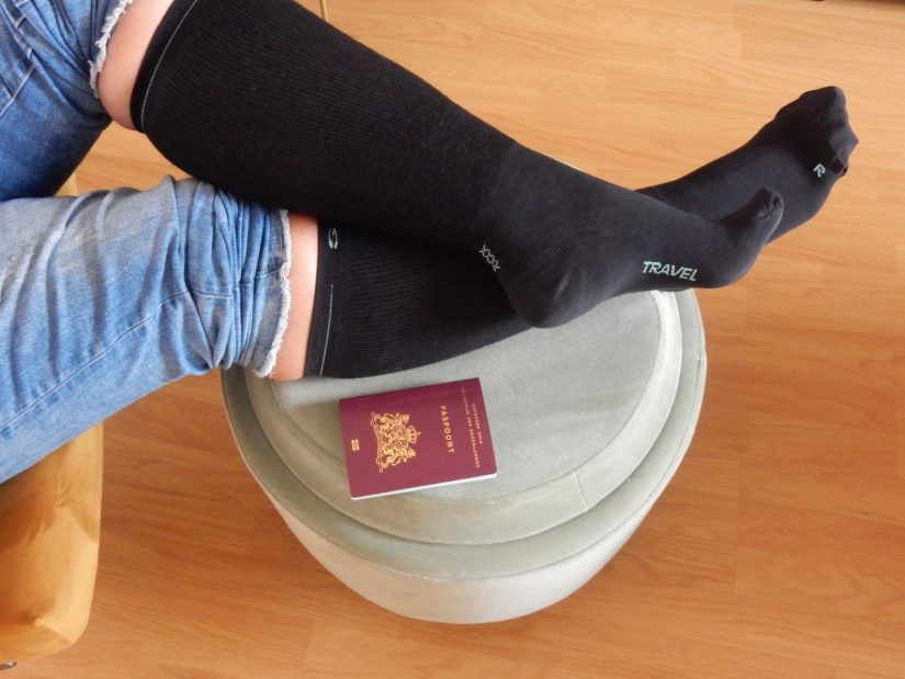 STOX Energy Travel Socks - Diyaata.com