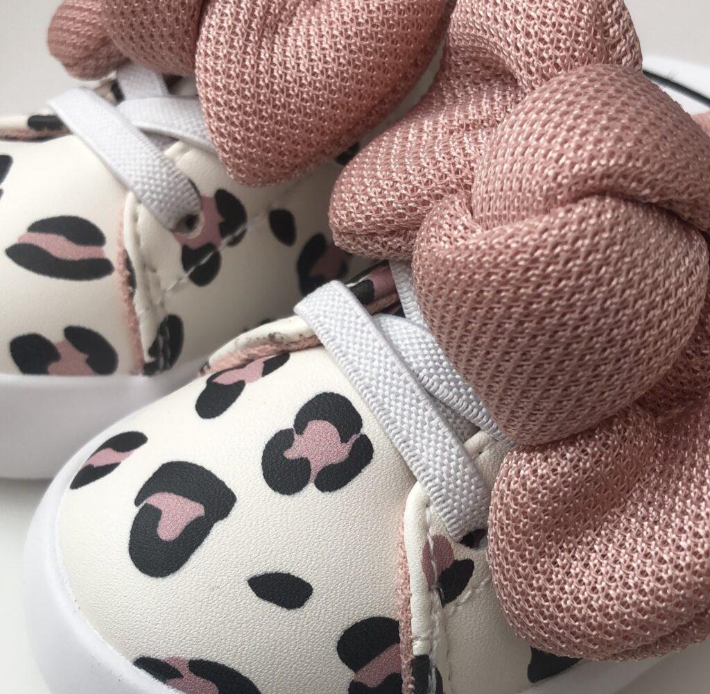 Sneakers baby diyaata.com